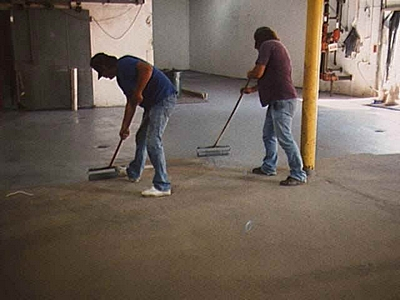 Is your floor ready for epoxy paint diy garage epoxy paint self test links to lots of must read information articles about the best epoxy floor paints including preparation alternatives what can go wrong etc solutioingenieria Image collections
